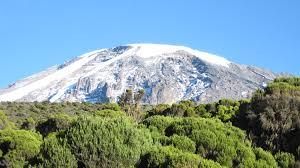 L'ascension du Kilimandjaro lors d'un circuit à la carte en Tanzanie